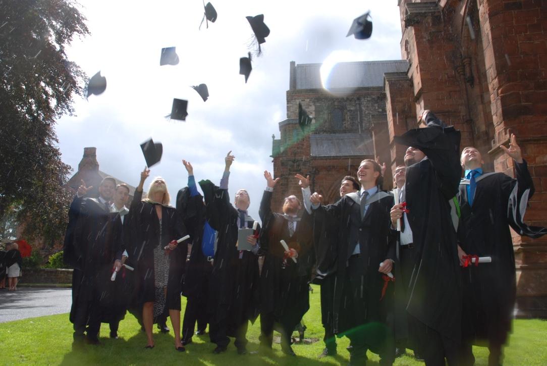 Graduation 2016 bachelorplus bwl studium plus for Nc fur bwl studium